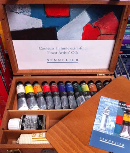 gifts for an artist paint toolbox